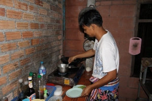 Mr. Bao bereitet unser Abendessen zu sehr lecker und verry spicy :-)